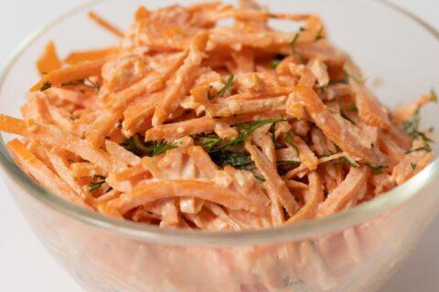 Салат з моркви з часником 100г.