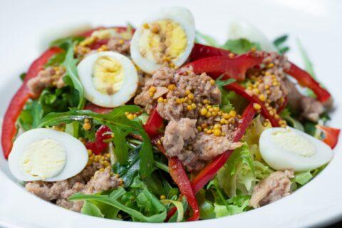 Салат з тунцем (ваг.)