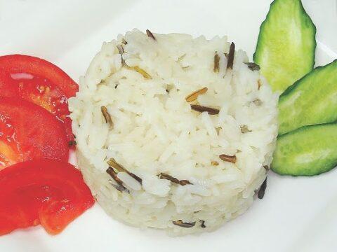 Рис з маслом і травами